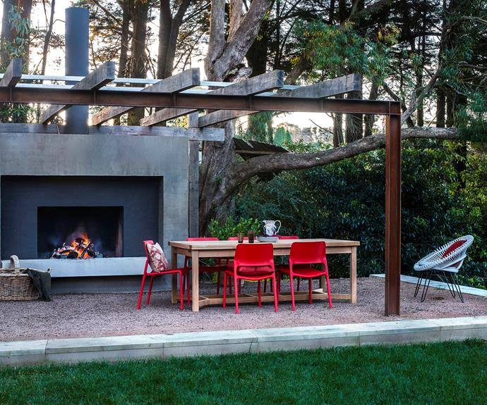 "Nestled beneath gum trees and boasting an impressive fireplace, this simple outdoor space in the NSW Southern Highlands, by [David Luckie Design](http://www.davidluckiedesign.com.au/?utm_campaign=supplier/|target=""_blank""), is equipped for all seasons.   **Dining table** from [Cotswold Furniture Collection](http://www.cotswoldfurniture.com.au/