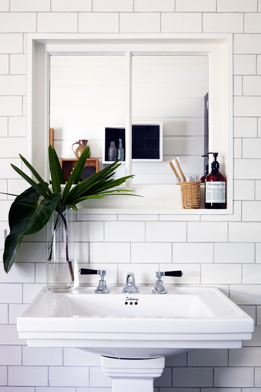 "[>Discover 10 ways to make your home more eco-friendly](http://www.homestolove.com.au/how-to-make-your-home-more-eco-friendly-3073|target=""_blank""). *Photo: Emma Reilly*"