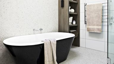 Bathroom renovation: Mosaic masterpiece