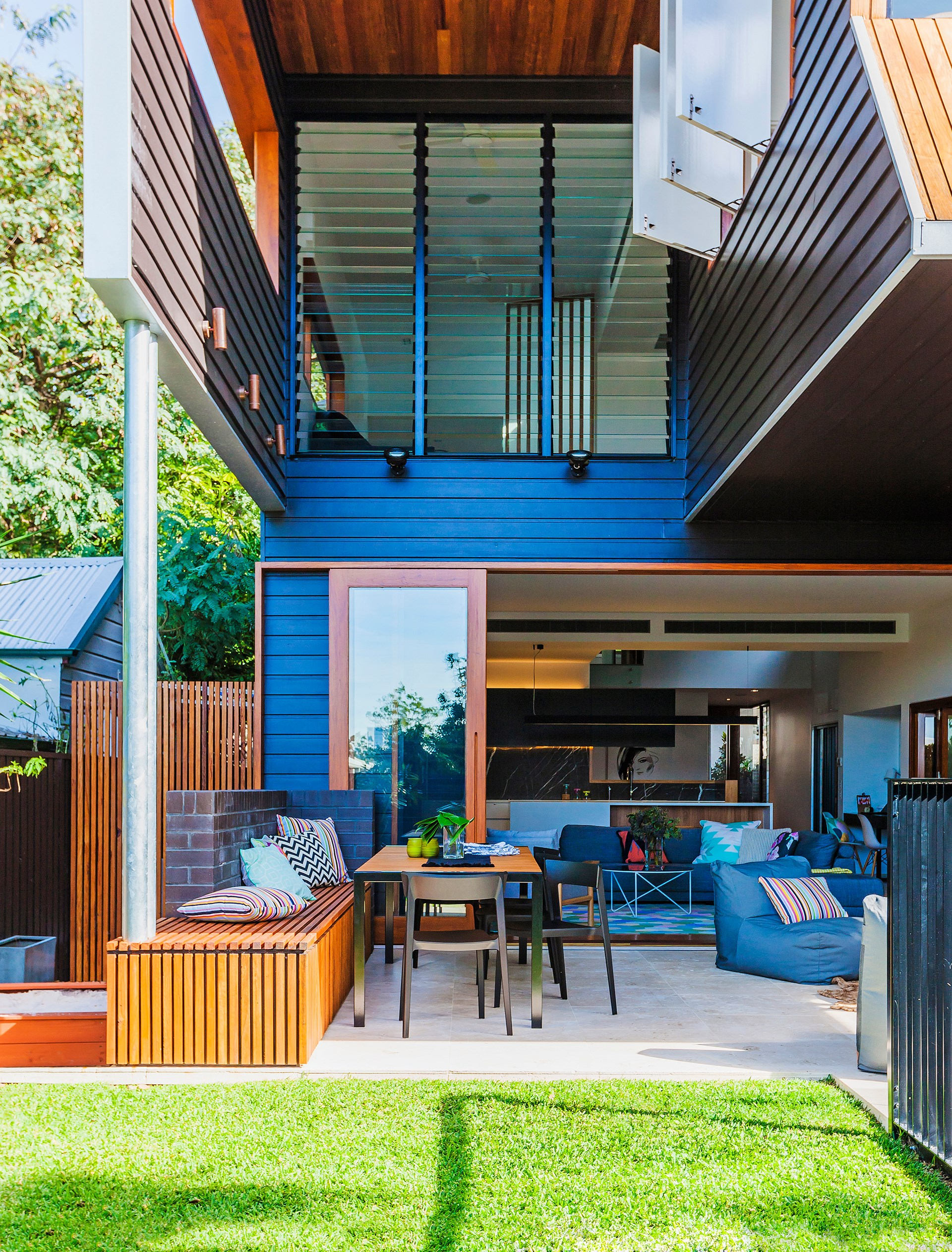 """Once an old weatherboard cottage in Brisbane, architect [Shaun Lockyer](http://lockyerarchitects.com.au//?utm_campaign=supplier/