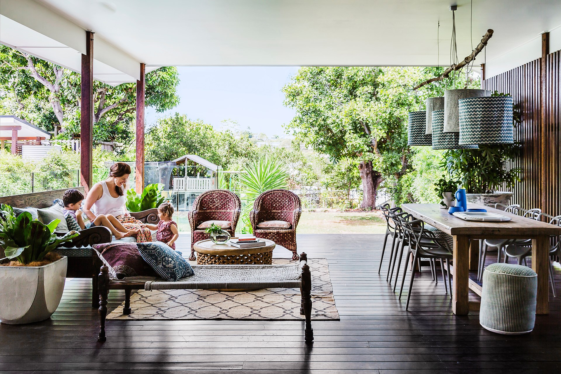 "To blur the transition between indoors and out, interior design Megan Brown of [Penman Brown](http://penmanbrown.com/?utm_campaign=supplier/|target=""_blank""