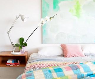 Colourful bedlinen bedroom
