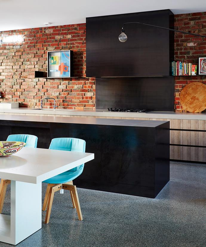 "A feeling of order and disorder is created by the rough clinker bricks that undulate throughout the property, giving a 'woven' appearance. The dining area is furnished with a custom-designed table and [MDF Italia](http://www.mdfitalia.it/|target=""_blank"") Flow chairs and [Vitra](http://www.vitra.com/en-au/living?c=AU&u=/en-un/