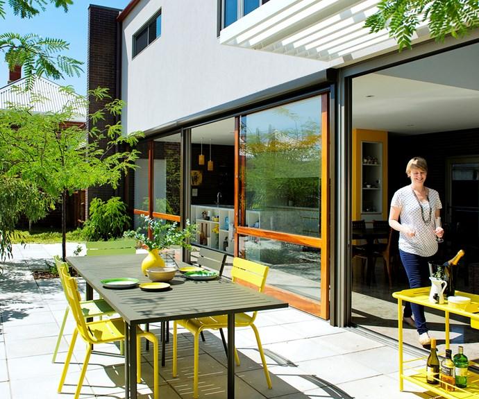 Modern cottage extension