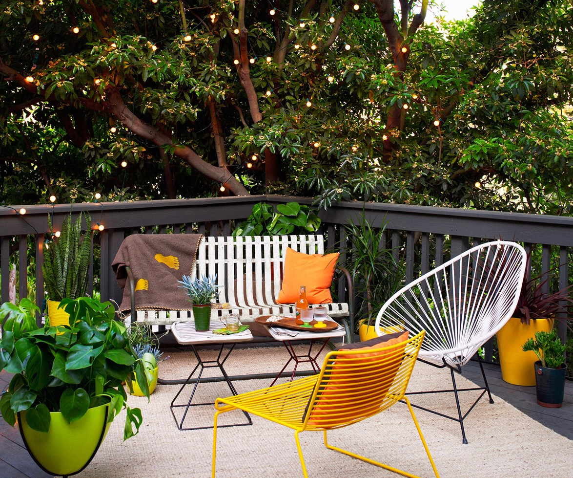 """Get more longevity out of your entertaining zone with lighting that sets the mood when the sun goes down. Strings of lights can add a magical, welcoming vibe. Read more on [outdoor entertaining ideas](http://www.homestolove.com.au/style-central-expert-advice-on-outdoor-entertaining-1759/?utm_campaign=supplier/
