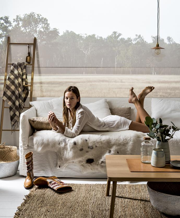 "In line with their simple aesthetic, the Shakers didn't go for overstuffed, luxurious sofas, instead preferring more simple sofa designs. We've incorporated a sofa with a removable cover, keeping the fabric natural. In true Shaker style, embrace cotton, wool and rattan in furnishings. A plain, neutral palette may prevail, but a subtle pattern in accessories can work, too – we added a check throw to our interior.   American oak **ladder** by [Chris Colwell Design](http://www.chriscolwelldesign.com.au/|target=""_blank""), and American oak **coffee table**, both from [Small Spaces](http://www.small-spaces.com.au/