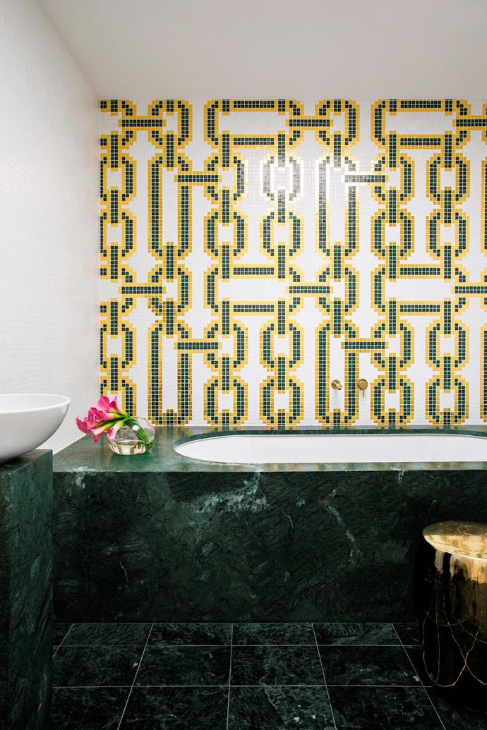 "An arresting tile pattern governs this dazzling design. ""The first element chosen was the Bisazza mosaic feature,"" designer Stacey Kouros says of this Sydney waterfront bathroom. ""The highly decorative print in rich colours meant that other finishes and design elements needed to be simple and restrained, contrasting with the graphic feature.""   Bisazza Chains and Bisazza mosaic **tiles** in White from [Di Lorenzo Tiles](http://www.dilorenzo.com.au/