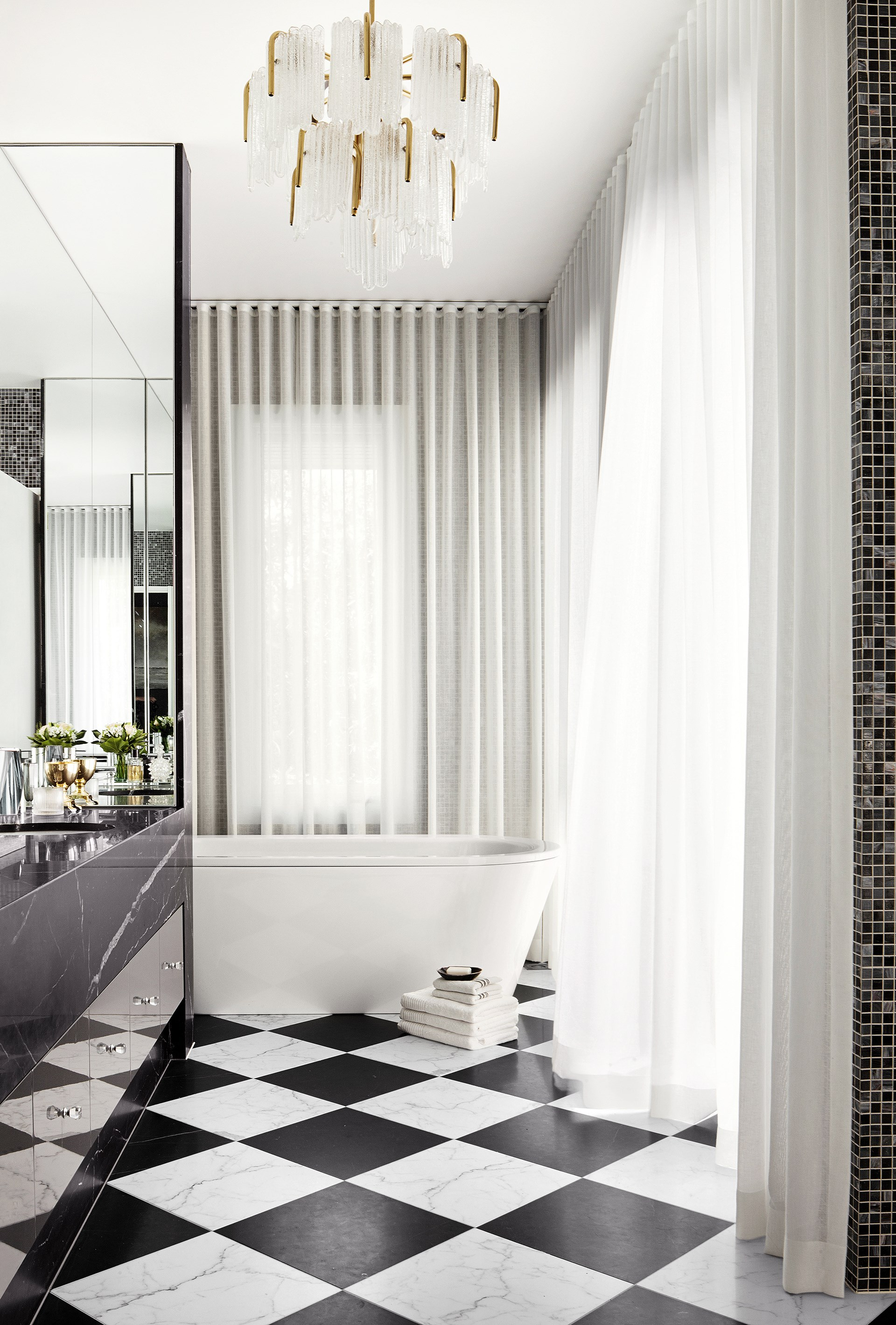 """A clever floor plan by [interior designer David Hicks](http://www.davidhicks.com/