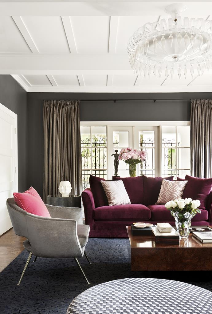 "This [sophisticated Melbourne home](http://www.homestolove.com.au/sophisticated-living-in-a-melbourne-family-home-1855|target=""_blank"") evokes vintage glam with a statement chandelier. *Photo: Shannon McGrath*"