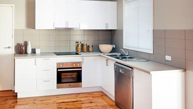 Contemporary kitchen makeover for just $5000