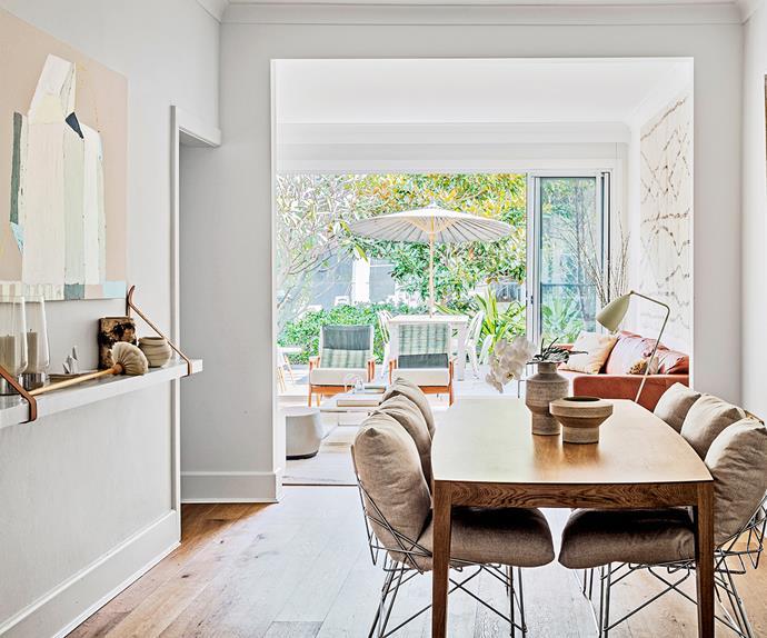Contemporary open plan living extension