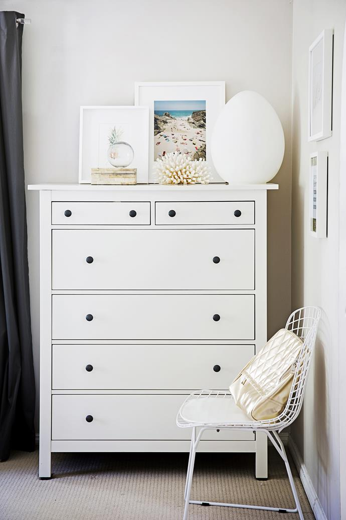 """Decorative coral pieces, washed timber and a photographic artwork all fit the beachy theme. """"I don't want items that everyone here has,"""" says Jaclyn. """"I love one-of-a-kind things from all over the world."""""""