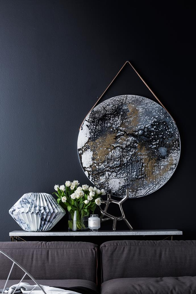 "When it comes to accessorising a new modern space, look for a mixture of rough and polished textures, dark and shimmering tones and shapes that bring elements of the night sky – such as moon-shaped discs – to mind.  Elle Criss Cross **console** from [Globe West](http://www.globewest.com.au/|target=""_blank""). Marble paper **sculpture** from [Castle](http://www.castleandthings.com.au/