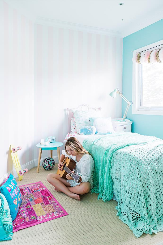 "The colour in Scout's room was custom-mixed to match [Tiffany](http://www.tiffany.com.au/|target=""_blank"") blue."
