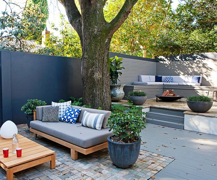 Outdoor garden living space