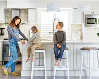 Open family kitchen renovation