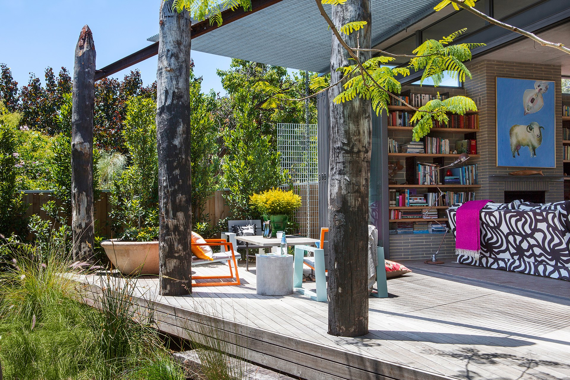This sunny home in Perth is owned by an architect who sourced pylons from an old jetty to use as spectacular posts for the back deck. *Photo:* Angelita Bonetti.