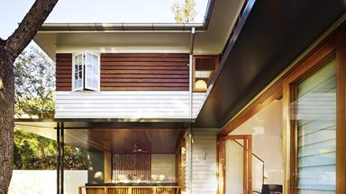 Raising a house: add space with an 'up and under' extension