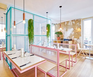 Style inspiration: Pink and peppy Parisian restaurant