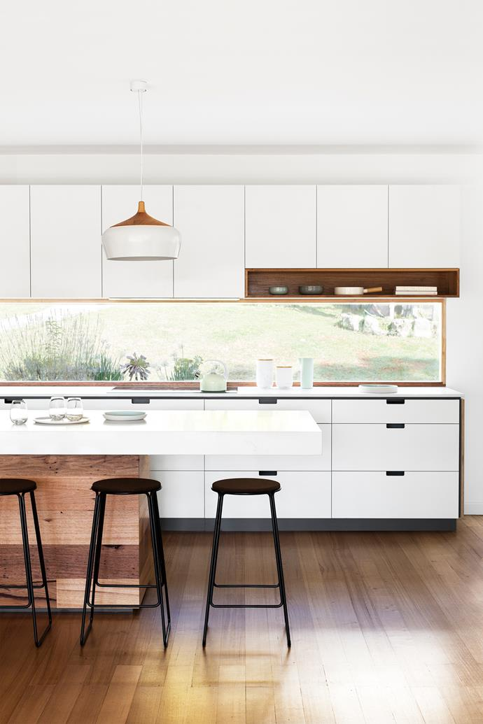 """This custom-designed [Cantilever Interiors](http://cantileverinteriors.com/?utm_campaign=supplier/ target=""""_blank"""") kitchen combines elements of the K2 and K3 series."""