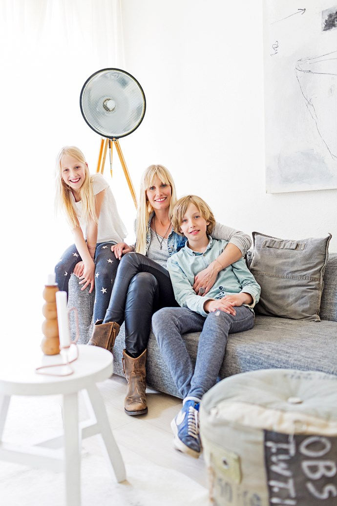 Marieke loves to spend time with daughter Eefje and son Mees on the sofa after they finish school.