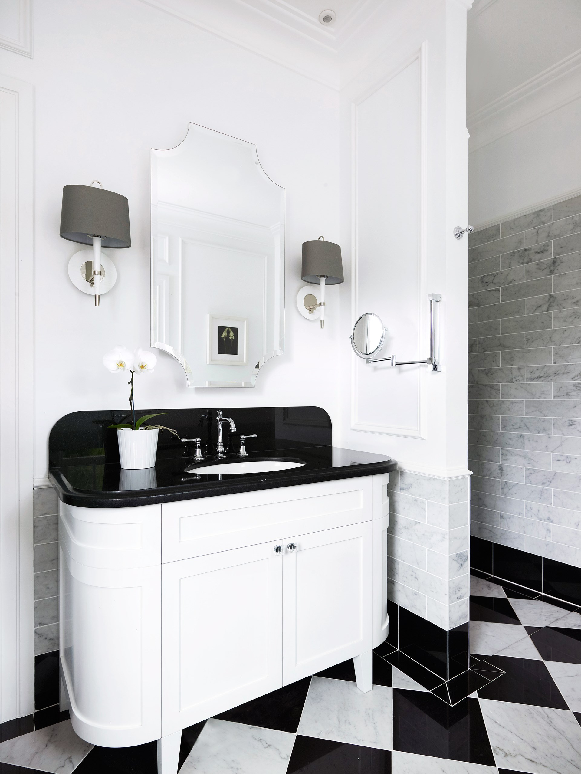 "Black and white is a classic combo that complements this [art deco abode](http://www.homestolove.com.au/gallery-emma-and-tonis-luxurious-regency-style-home-2311|target=""_blank""). Photo: Anson Smart / *Belle*"