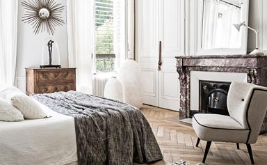Soothing monochrome city apartment in Paris
