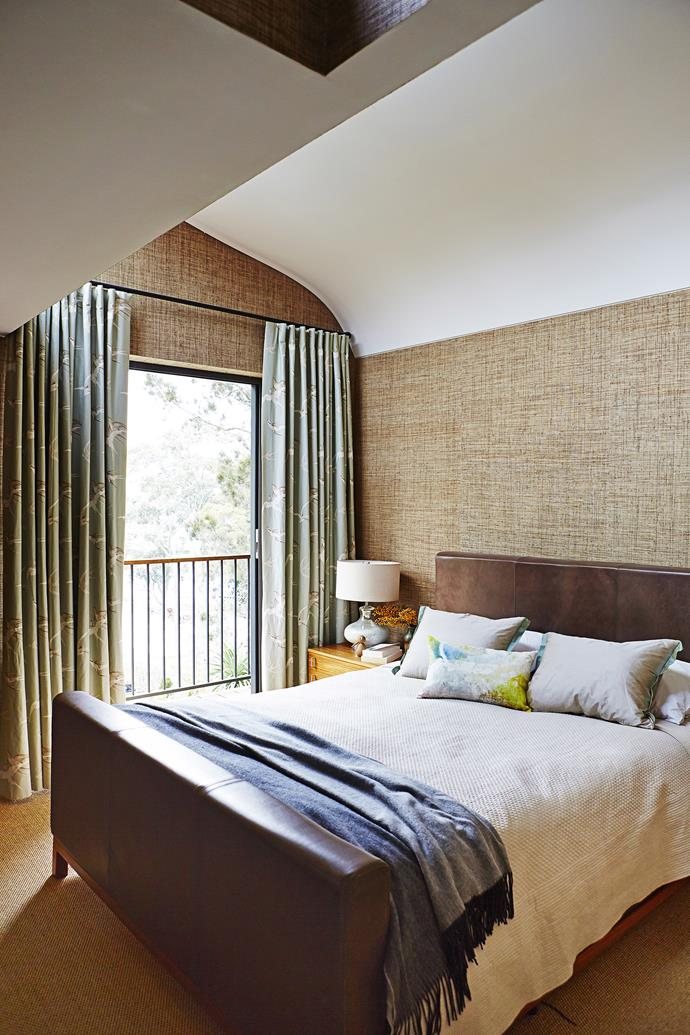 "The curved ceiling, created by the modern addition at the back of the house, is a point of interest in the new main bedroom. **Curtains** in Sanderson Swallows from [Domestic Textile Corporation](https://www.domestictextile.com.au/?utm_campaign=supplier/|target=""_blank"")."