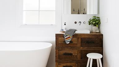 Complete bathroom renovation guide: from basins to bathtubs
