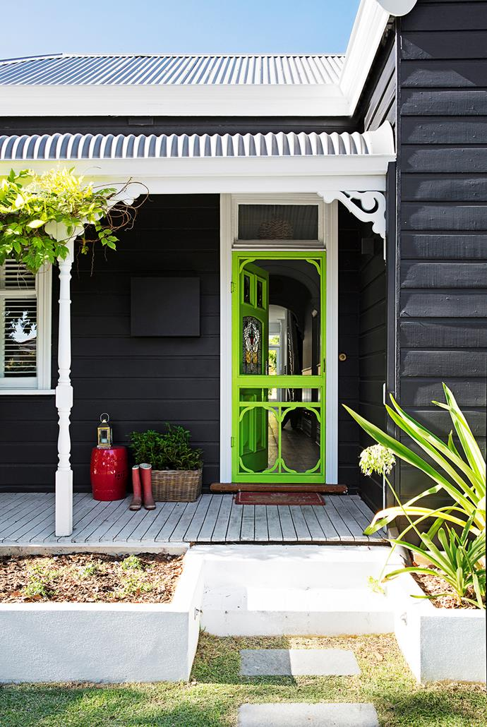 """You can't miss this home's front door, painted in eye-catching [Dulux](http://www.dulux.com.au/?utm_campaign=supplier/