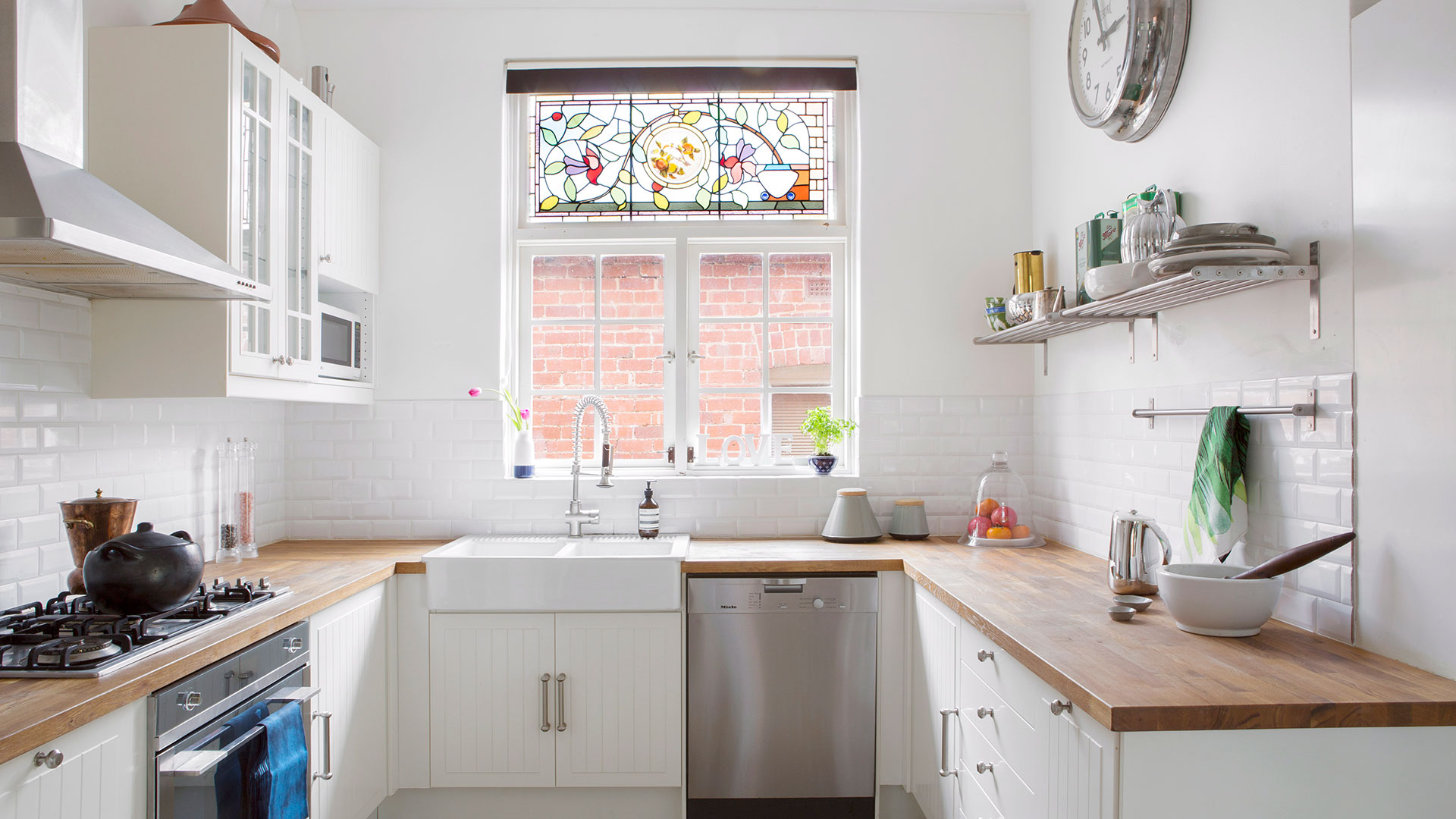 & The 6 most popular kitchen layouts | Australian House and Garden