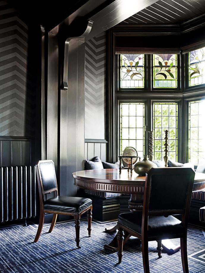 "Moody hues give this semi-formal dining room an air of sophistication and glamour. Take a tour of the [horse stud homestead](http://www.homestolove.com.au/horse-stud-homestead-country-elegance-2416|target=""_blank""). *Photo: Anson Smart*"