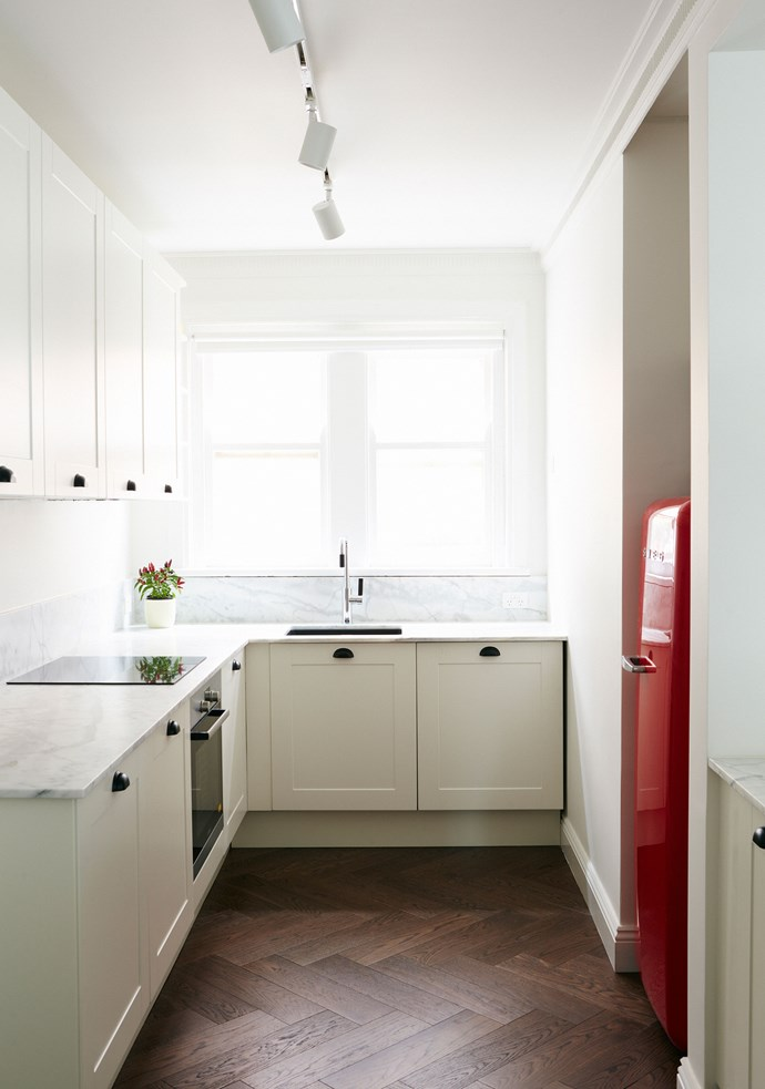 """A red [Smeg](http://www.smeg.com.au/?utm_campaign=supplier/
