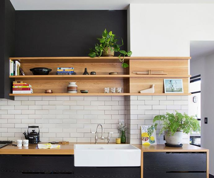 Black veneer traditional kitchen