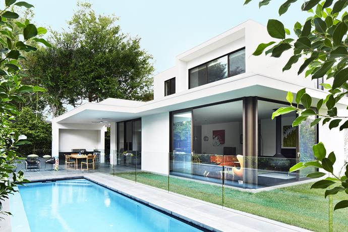 """""""The fact that we can swim, barbecue, cook and relax, all at the same time in one big space, is fabulous,"""" says owner Kylie Evans of her family's versatile outdoor space."""" **Towel**, [Ziporah](http://www.ziporahlifestyle.com/?utm_campaign=supplier/
