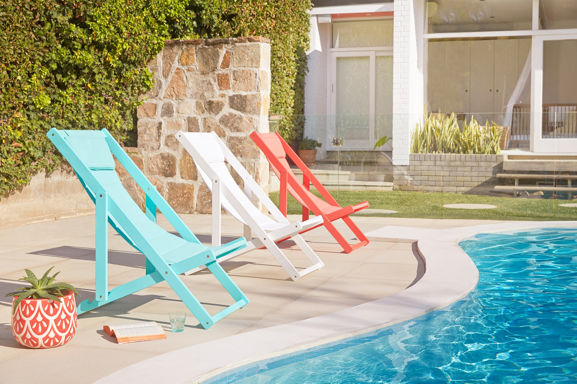 "The sun is shining and the pool is beckoning! [Make a splash](http://www.homestolove.com.au/pool-furniture-and-accessoires-2477/|target=""_blank"") during the warmer months with novelty pool toys, vibrant outdoor cushions and durable furniture."