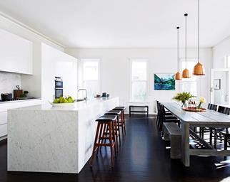Spacious open plan modern kitchen