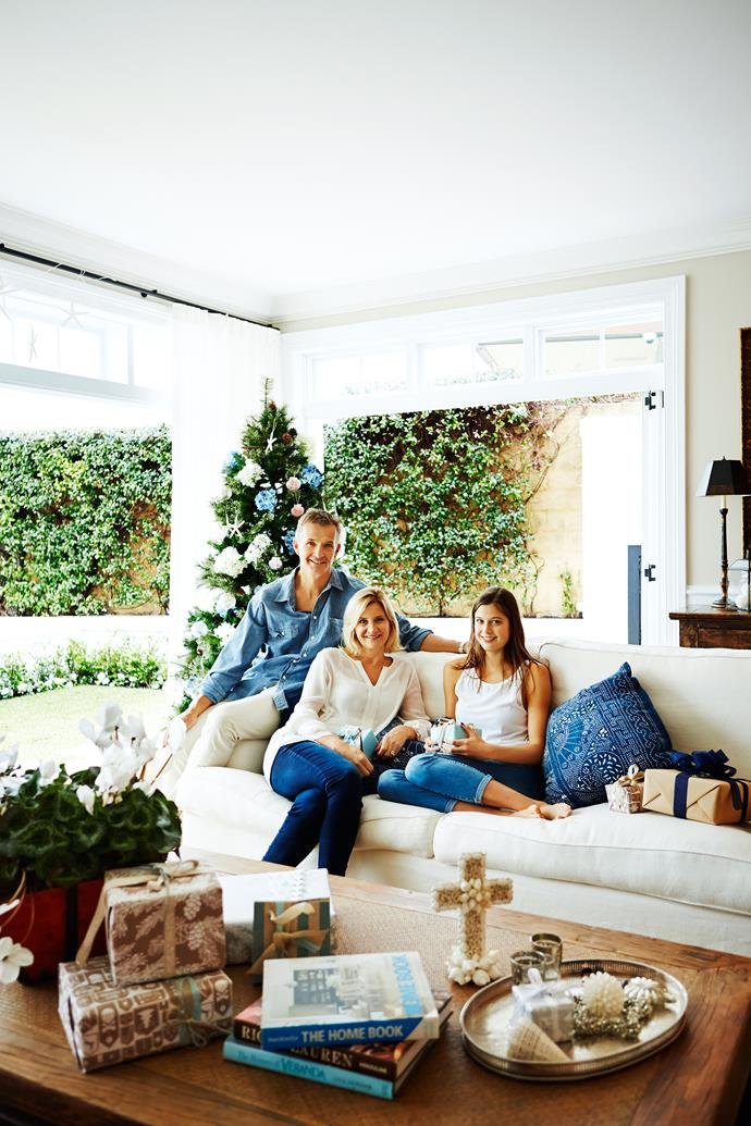 "Mark, Lynda and Maddie enjoy the relaxed ambience of this sun-soaked space. Lynda designed the capacious sofa, upholstered in Luxembourg **linen** from [Westbury Textiles](http://www.westburytextiles.com/|target=""_blank"")."