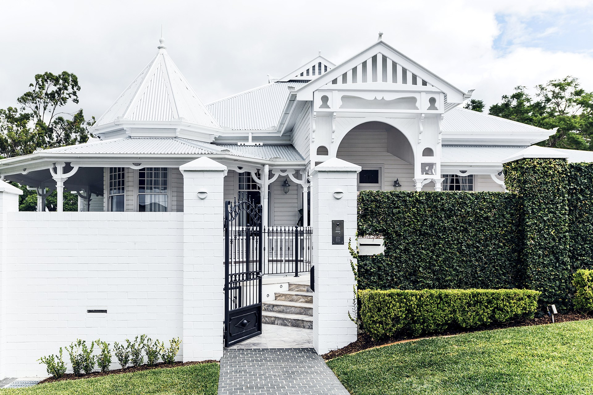 This [grand Queenslander in Brisbane](http://www.homestolove.com.au/classic-queenslander-updated-for-family-living-2577) has been extended to include a two-level rear extension with new living areas, bedrooms, an office and gym. Photo: Maree Homer