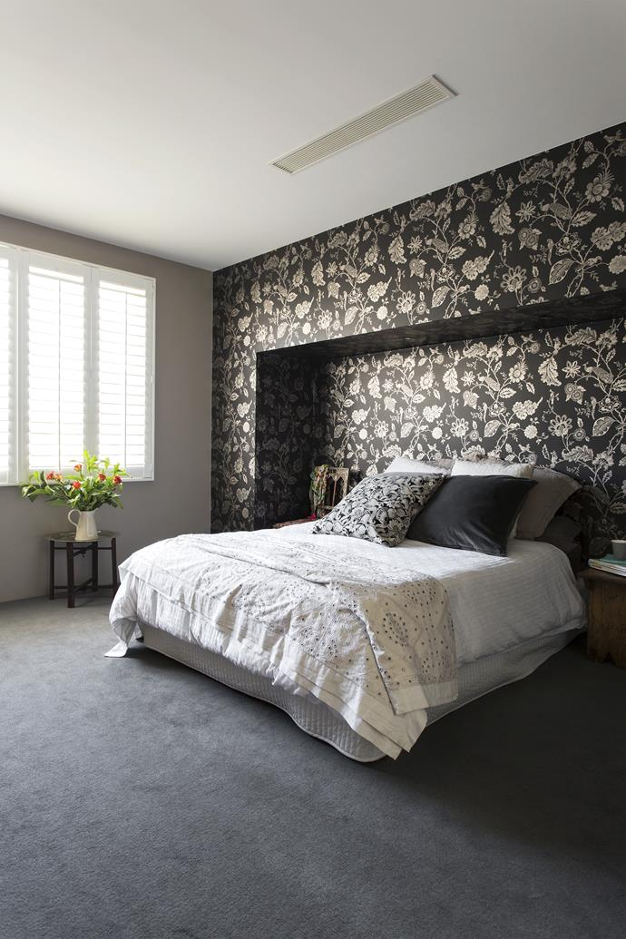 """Designer [Ali]( http://alirossdesign.com/