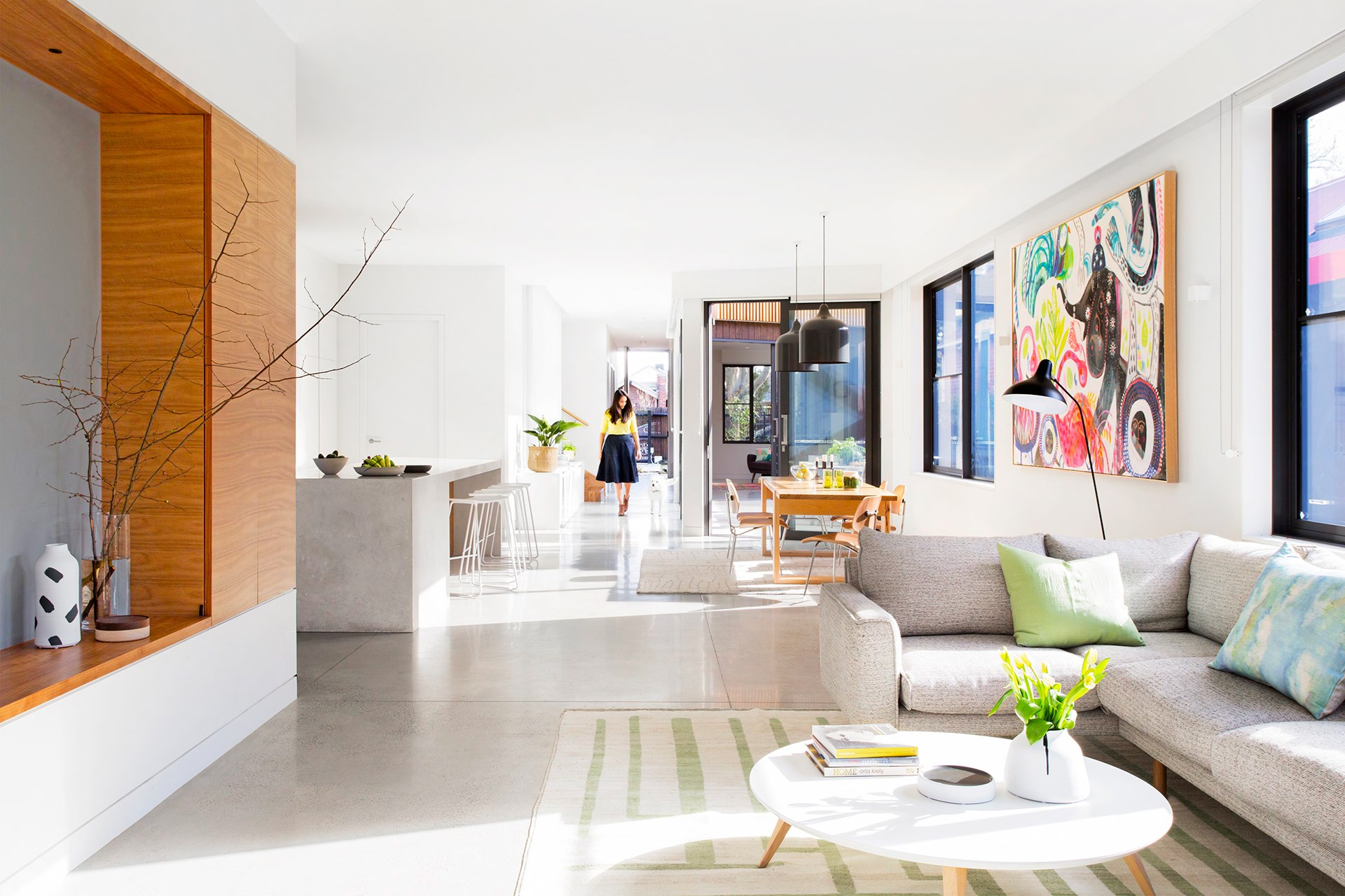 """An open-plan layout makes for easy living in the home of comedian/radio host Dave Hughes and family, with windows positioned to keep the house cool in summer and warm in winter. [Take a look around](http://www.homestolove.com.au/gallery-funny-side-up-dave-hughes-2659