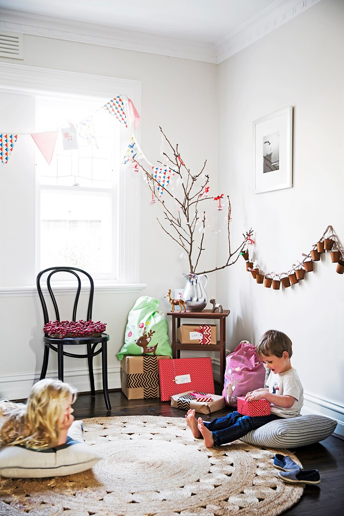 """This [cute Christmassy cottage in Williamstown, Victoria](http://www.homestolove.com.au/gallery-claire-and-alexs-quaint-country-home-renovation-2526