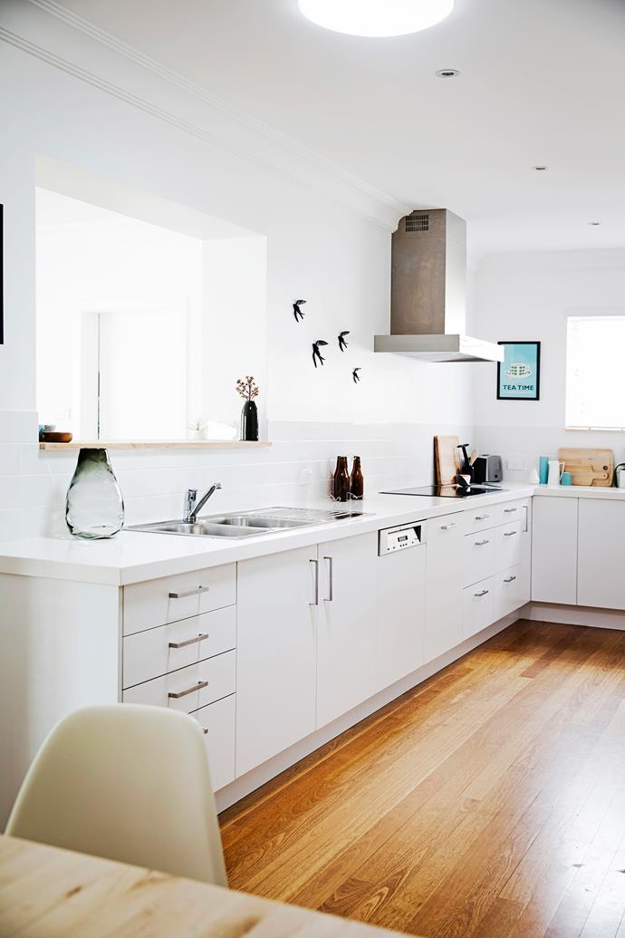 """White **cabinets** and Portofino **benchtops** from [Freedom](http://www.freedom.com.au/?utm_campaign=supplier/