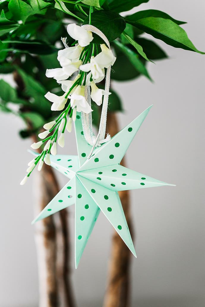 "Shades of green and blue look crisp and cool in the heat of an Australian summer. Star **ornament** from [Papier D'Amour](http://www.papierdamour.com.au/?utm_campaign=supplier/|target=""_blank"")."