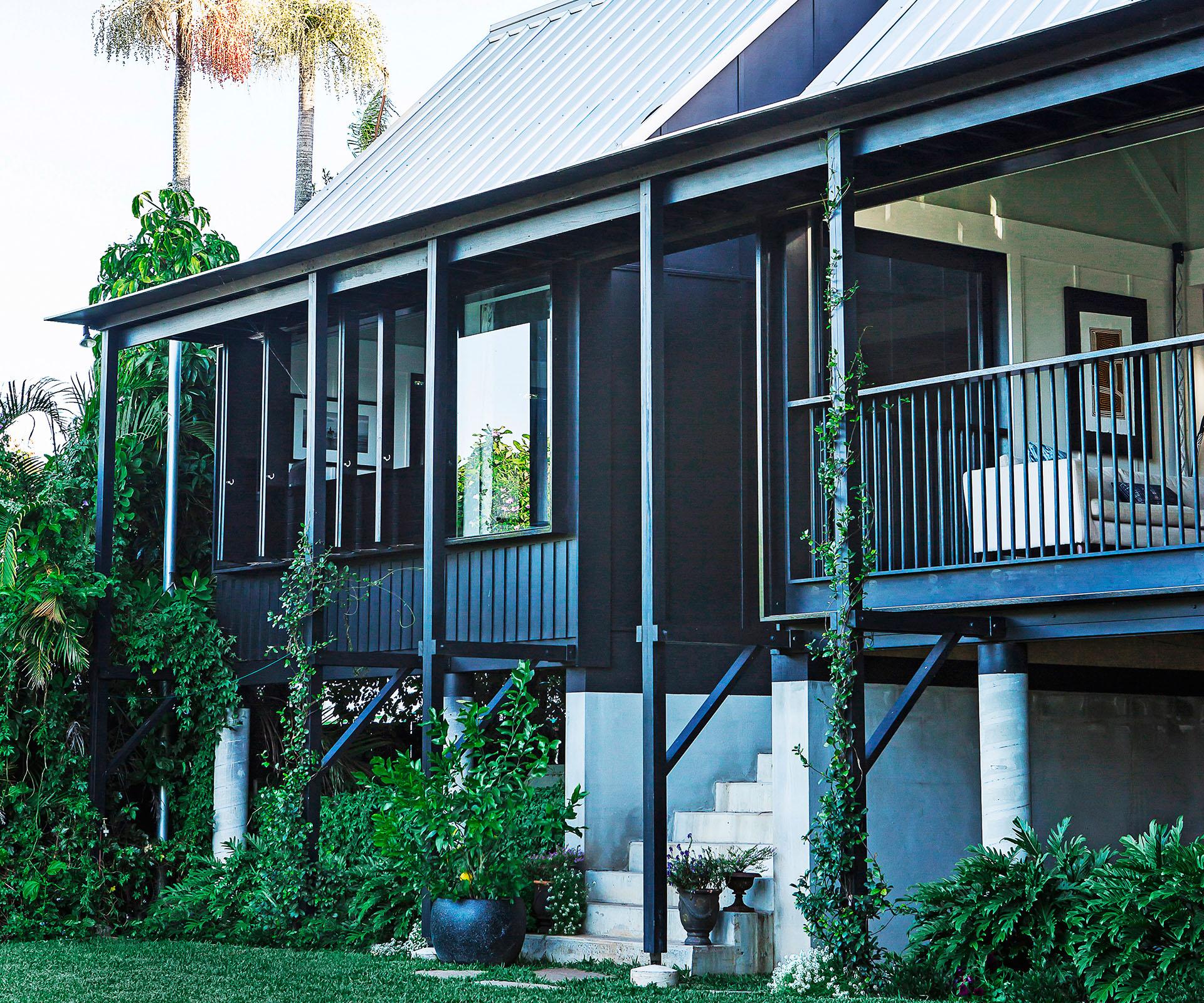 Queenslander Reno Brings Outdoors In | Australian House and Garden