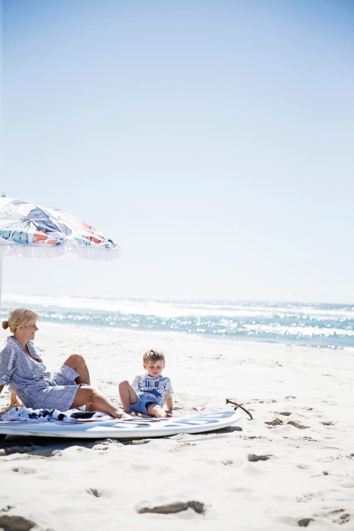 Fashion designer Kelli Wharton and her family spend several days on the white sands south of Byron Bay every week, and she wanted her home to fit in with this laidback lifestyle.