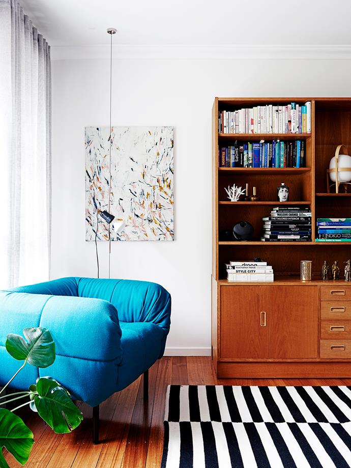 """The small apartment was painted in [Dulux](http://www.dulux.com.au//?utm_campaign=supplier/