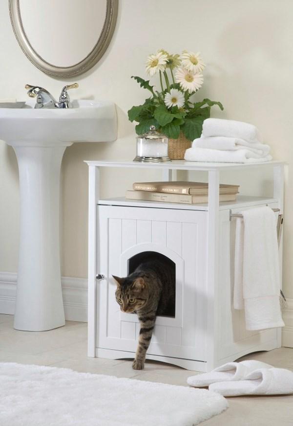 "Cat litter bathroom cabinet. Photo: [Interiorholic](http://www.interiorholic.com//?utm_campaign=supplier/|target=""_blank"")."