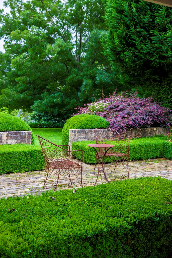 The maintenance on an elaborate garden can be viewed as hard work for some buyers.