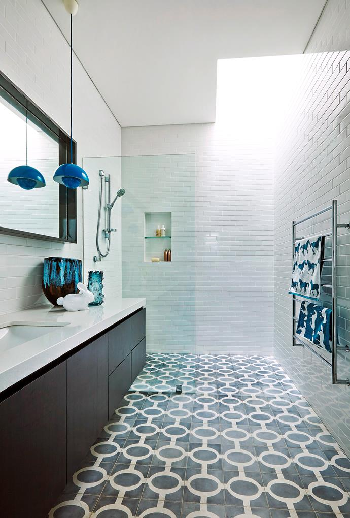 **Quick tip:** Start from the highest point and work your way down if you're re-grouting a wall. Grout becomes thickened and unusable after 30 minutes so only make enough to cover your bathroom floor and work quickly but don't rush so much that you do a poor job. Photo: Scott Hawkins / bauersyndication.com.au